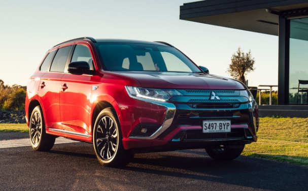 2021 mitsubishi outlander phev is launched in australia
